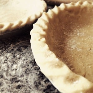 making pie crust in vitamix featured